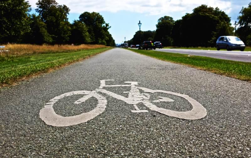 """""""המדינה משקיעה מיליארד שקל בשבילי אופניים"""""""