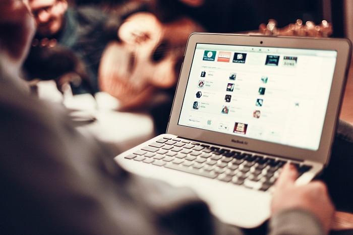 עידן האינטרנט | צילום pexels
