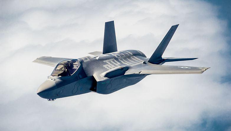 """יום חג לחיל האוויר: מקבל לידיו את מטוס """"האדיר"""" הראשון במזה""""ת"""