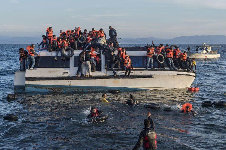 איטליה הצילה 6,000 מהגרים ביום אחד