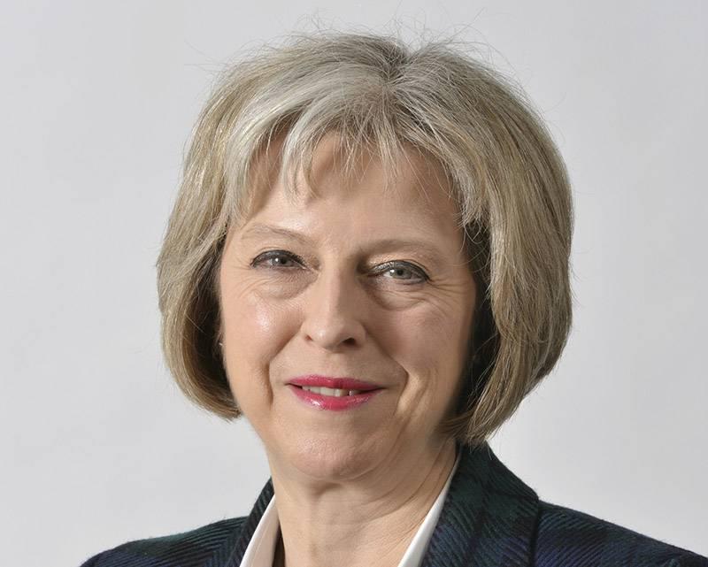 """ר""""מ בריטניה פרסמה ברכה לרגל חג החנוכה"""